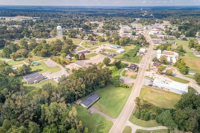 334 E Main St, Parsons, TN 38363 (MLS #RTC2297478) :: HALO Realty