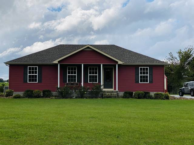 2222 Cave Hollow Rd, Lafayette, TN 37083 (MLS #RTC2298214) :: Village Real Estate