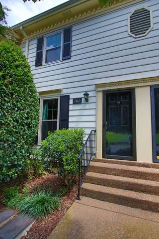 702 Fox Ridge Dr, Brentwood, TN 37027 (MLS #RTC2298220) :: John Jones Real Estate LLC