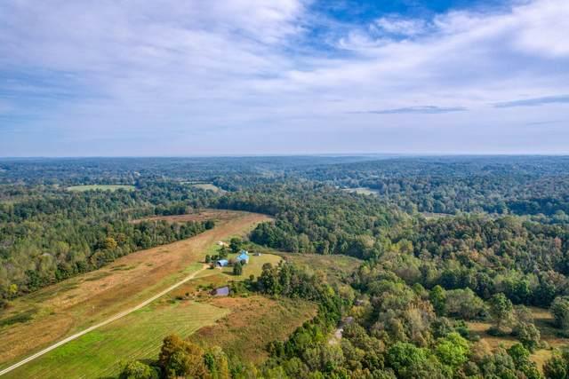 881 Coaling Rd, Charlotte, TN 37036 (MLS #RTC2298360) :: Village Real Estate