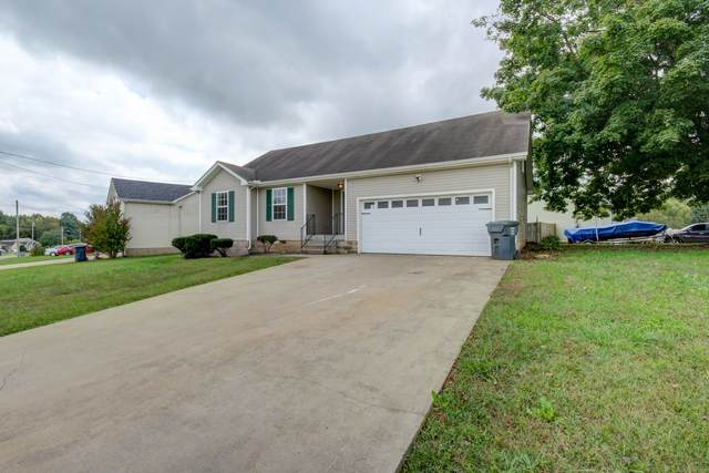 201 Grant Ave, Oak Grove, KY 42262 (MLS #RTC2298599) :: The Home Network by Ashley Griffith