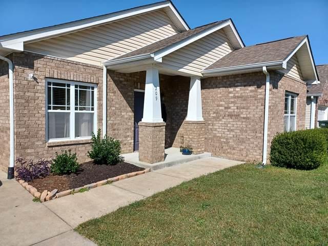 209 Wyburn Pl, Burns, TN 37029 (MLS #RTC2298894) :: Village Real Estate