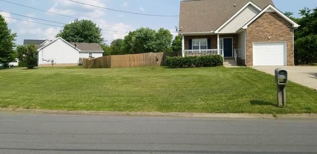 1007 Summerhaven Rd, Clarksville, TN 37042 (MLS #RTC2299612) :: Village Real Estate