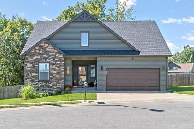 211 Eagles Talon Ct, Clarksville, TN 37040 (MLS #RTC2300084) :: John Jones Real Estate LLC