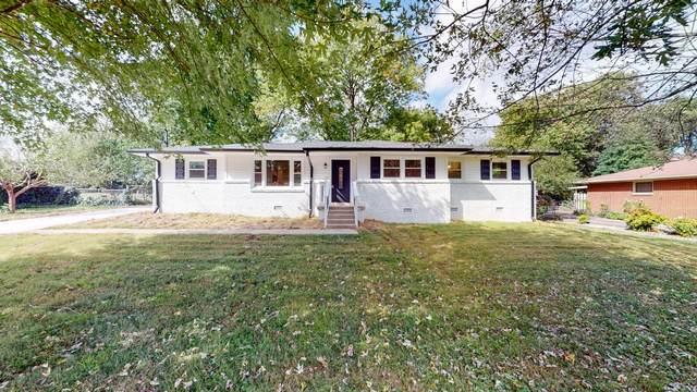 307 Cumberland Dr, Smyrna, TN 37167 (MLS #RTC2300234) :: Village Real Estate