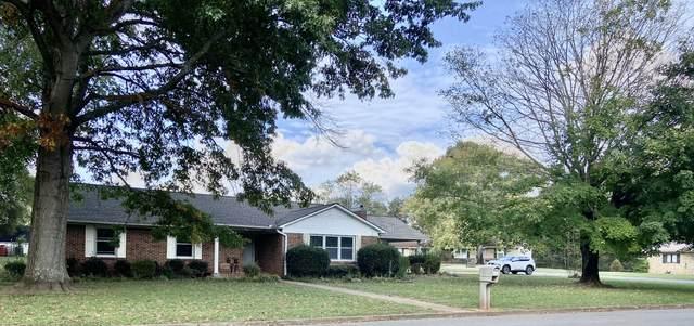 808 Third Street E, Lawrenceburg, TN 38464 (MLS #RTC2300317) :: The Miles Team | Compass Tennesee, LLC