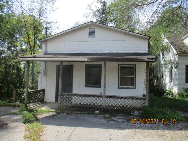 126 Oak St, Mc Minnville, TN 37110 (MLS #RTC2300984) :: Movement Property Group