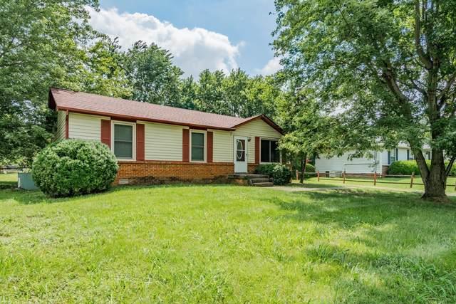 911 Ryan Dr, Clarksville, TN 37042 (MLS #RTC2301002) :: Village Real Estate