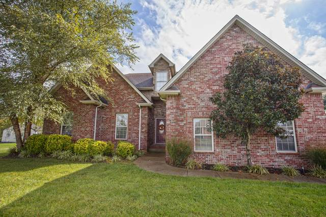 1012 Windsong Trl, Greenbrier, TN 37073 (MLS #RTC2301443) :: Cory Real Estate Services