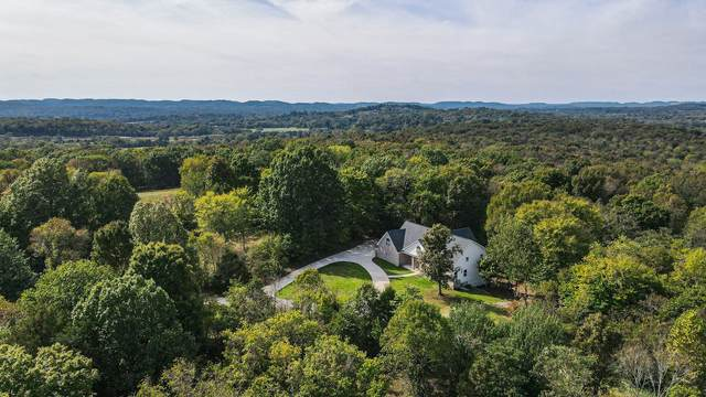 945 Hickory Hills Dr, Franklin, TN 37067 (MLS #RTC2301603) :: The Miles Team | Compass Tennesee, LLC