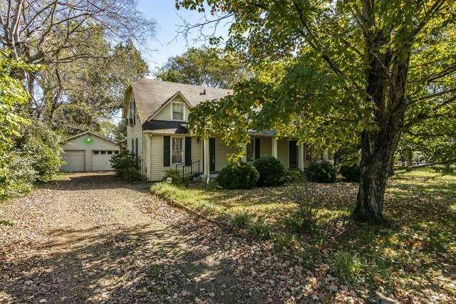 217 Shivel Dr, Hendersonville, TN 37075 (MLS #RTC2302274) :: DeSelms Real Estate