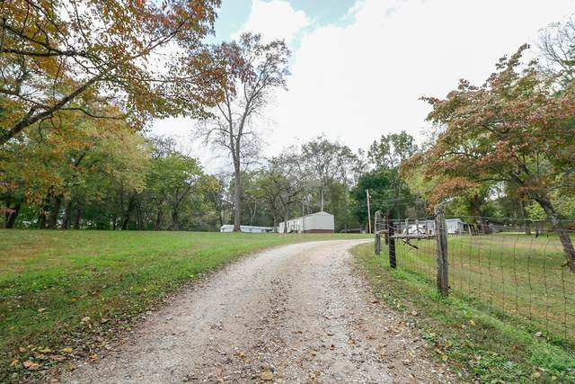 1311 Redbud Ln, Columbia, TN 38401 (MLS #RTC2303414) :: John Jones Real Estate LLC