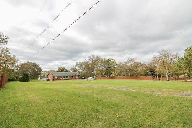 501 Green Ln, Whites Creek, TN 37189 (MLS #RTC2303720) :: Candice M. Van Bibber   RE/MAX Fine Homes