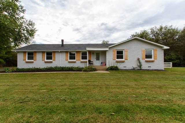 2703 Walnut Ln, Murfreesboro, TN 37129 (MLS #RTC2303826) :: Candice M. Van Bibber | RE/MAX Fine Homes