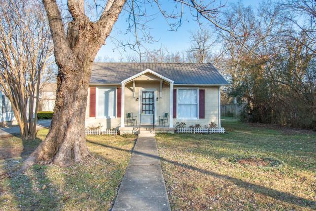 111 N Hatton Ave, Lebanon, TN 37087 (MLS #1893515) :: NashvilleOnTheMove | Benchmark Realty
