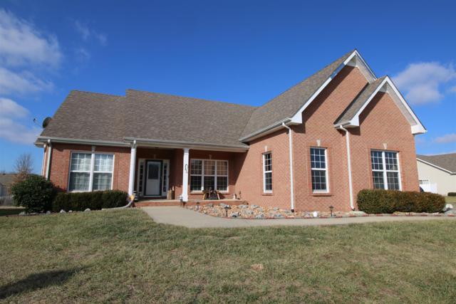 1200 Northfield Dr, Clarksville, TN 37040 (MLS #1894039) :: DeSelms Real Estate