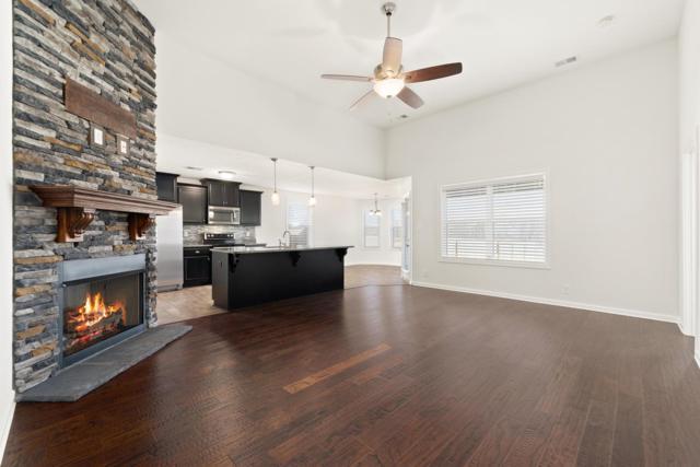 85 Liberty Park, Clarksville, TN 37042 (MLS #1899350) :: DeSelms Real Estate
