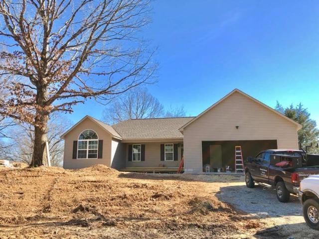 1325 Sayles Circle, Lawrenceburg, TN 38464 (MLS #1907432) :: NashvilleOnTheMove | Benchmark Realty