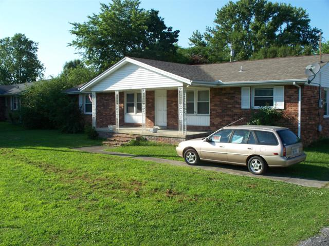 818 W Broad St, Smithville, TN 37166 (MLS #1938137) :: DeSelms Real Estate