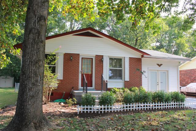 137 Cline Ave, Hendersonville, TN 37075 (MLS #1959734) :: The Huffaker Group of Keller Williams