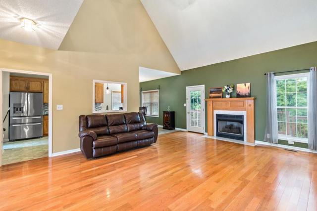 3321 Sunny Slope Dr, Clarksville, TN 37043 (MLS #RTC2029629) :: John Jones Real Estate LLC