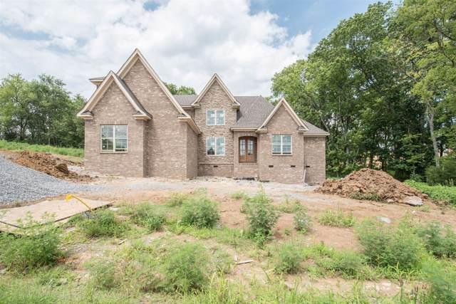 2020 Hawkwell Cir, Hendersonville, TN 37075 (MLS #RTC2008894) :: Village Real Estate