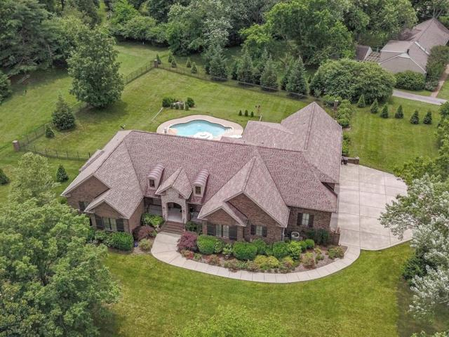 1939 Old Hickory Blvd, Brentwood, TN 37027 (MLS #RTC2050492) :: FYKES Realty Group
