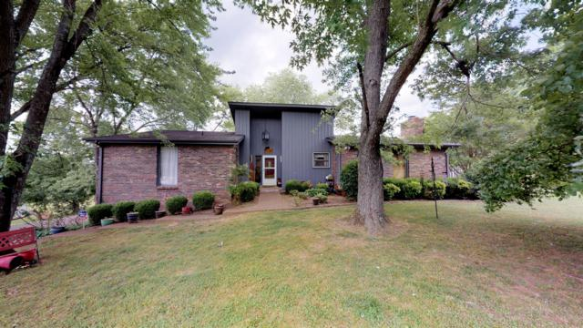 105 Hawkins Rd, Clarksville, TN 37040 (MLS #RTC2050685) :: The Group Campbell powered by Five Doors Network