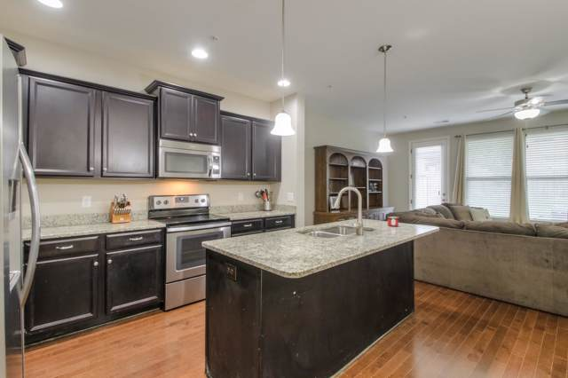 208 Bixby Lane Pvt 53, Hendersonville, TN 37075 (MLS #RTC2066991) :: CityLiving Group