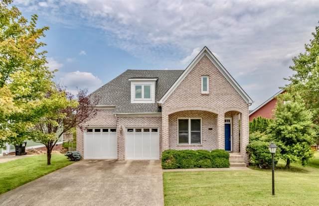 2200 Fairfax Dr, Clarksville, TN 37043 (MLS #RTC2068557) :: DeSelms Real Estate
