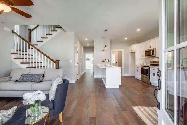 22 Sycamore Ridge West, Burns, TN 37029 (MLS #RTC2097175) :: Village Real Estate