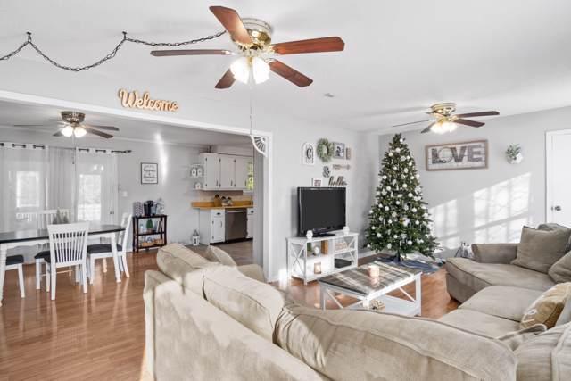 1560 Armistead Dr, Clarksville, TN 37042 (MLS #RTC2101967) :: Village Real Estate