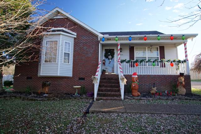 3003 Eagle Dr, Westmoreland, TN 37186 (MLS #RTC2104833) :: The Milam Group at Fridrich & Clark Realty
