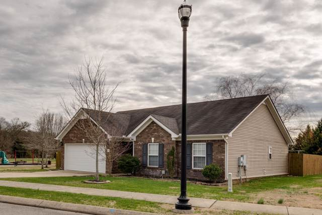 7004 Big Eagle Trl, Spring Hill, TN 37174 (MLS #RTC2114653) :: Village Real Estate