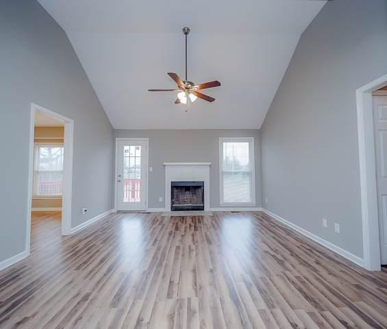 1870 Crestmont Ct, Clarksville, TN 37042 (MLS #RTC2115221) :: Village Real Estate