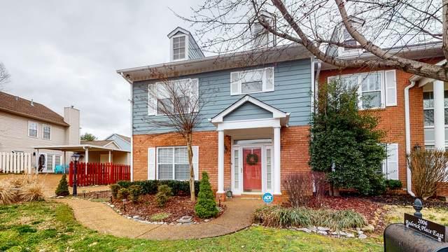 2006 Roderick Pl E, Franklin, TN 37064 (MLS #RTC2125387) :: Village Real Estate