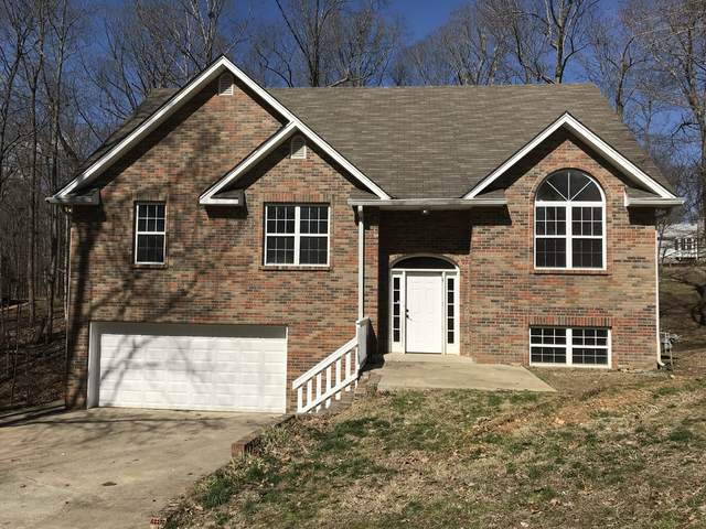 2568 Barwood Dr, Greenbrier, TN 37073 (MLS #RTC2126224) :: The Huffaker Group of Keller Williams