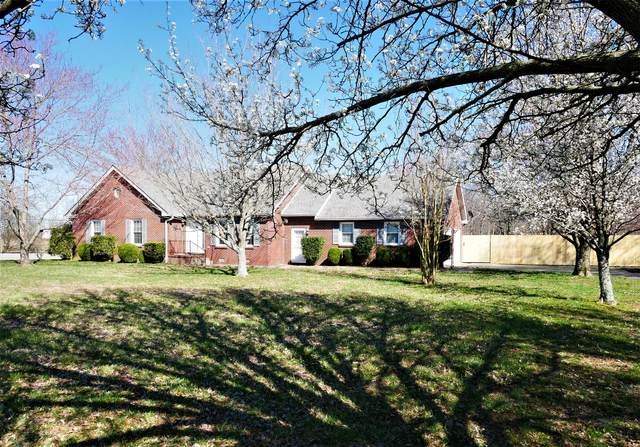 4615 Airport Rd, Springfield, TN 37172 (MLS #RTC2126604) :: Village Real Estate