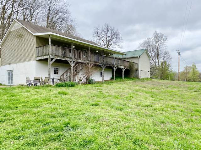 3880 Robinson Rd, Thompsons Station, TN 37179 (MLS #RTC2132572) :: FYKES Realty Group