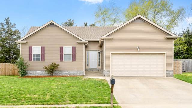1112 Freedom Dr, Clarksville, TN 37042 (MLS #RTC2135144) :: Oak Street Group