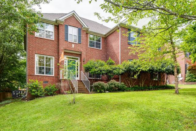 288 Dandridge Dr, Franklin, TN 37067 (MLS #RTC2155420) :: Benchmark Realty