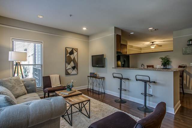 1015 Fatherland St #204, Nashville, TN 37206 (MLS #RTC2160411) :: Felts Partners