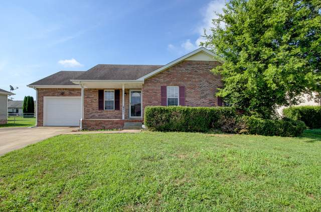 3262 Tabby Dr, Clarksville, TN 37042 (MLS #RTC2171983) :: Maples Realty and Auction Co.