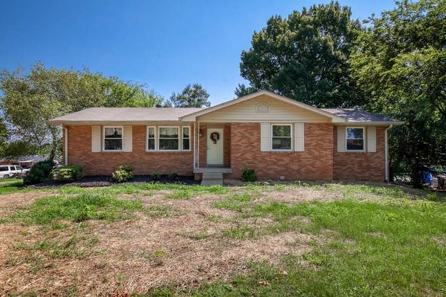135 Maple Dr, Hendersonville, TN 37075 (MLS #RTC2175829) :: The Milam Group at Fridrich & Clark Realty