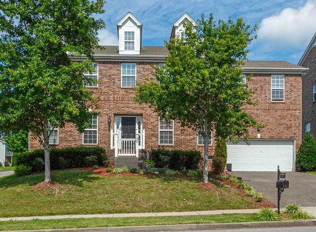 1213 Bonnhaven Dr, Franklin, TN 37067 (MLS #RTC2176947) :: Village Real Estate