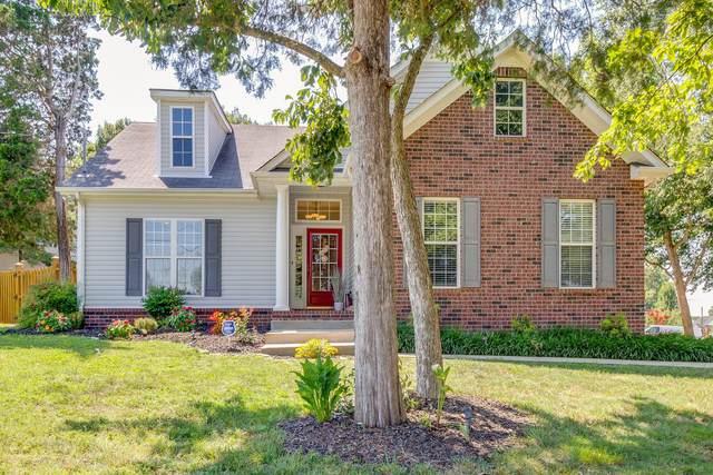 1101 Seven Oaks Blvd, Smyrna, TN 37167 (MLS #RTC2177104) :: Village Real Estate