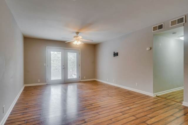 601 Boyd Ave J4, Franklin, TN 37064 (MLS #RTC2184018) :: Nelle Anderson & Associates