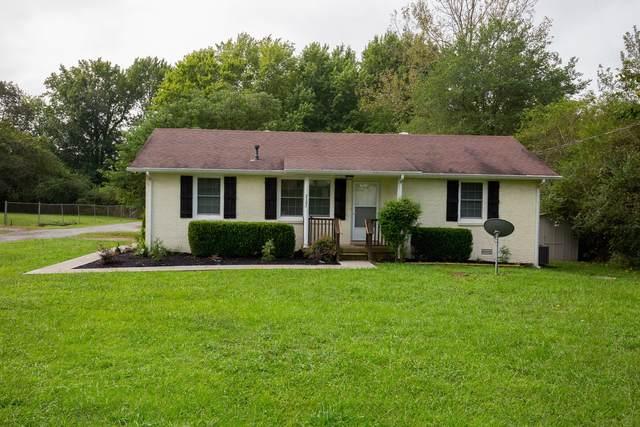 7102 Cobb Cir, Fairview, TN 37062 (MLS #RTC2185988) :: Nelle Anderson & Associates