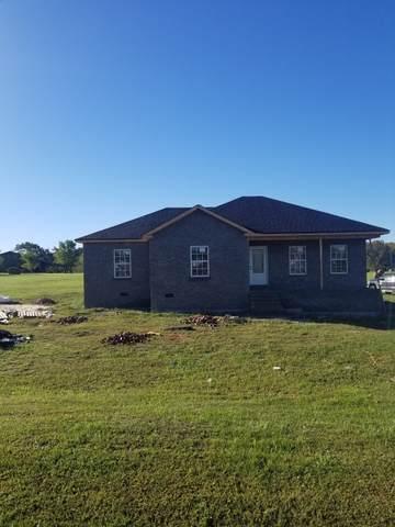 4538 Long Creek Rd, Lafayette, TN 37083 (MLS #RTC2197873) :: Village Real Estate