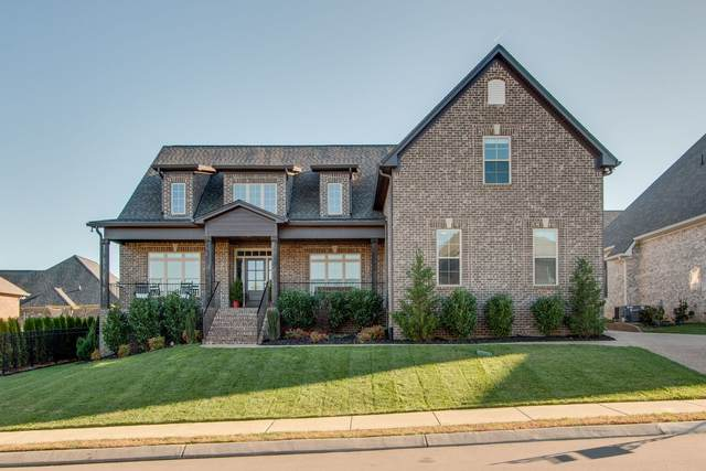 5003 Wallaby Dr, Spring Hill, TN 37174 (MLS #RTC2204907) :: Village Real Estate